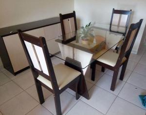 Mesa de Vidro com 4 Cadeiras e Balcão