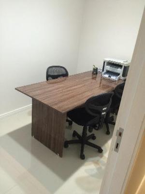 Mesa de reuniões 0,80 X 2,00m