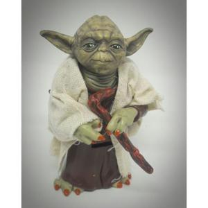 Boneco Yoda Miniatura Realista 12cm Fantastico