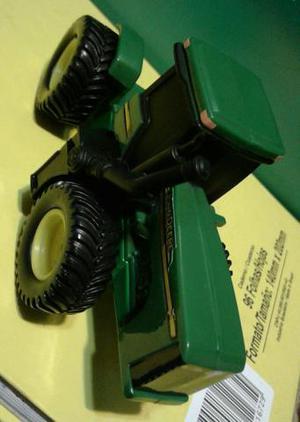 Miniatura Trator John Deere (ERTL)