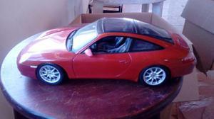 Miniatura Maisto 1:18 – Porsche 911 Targa