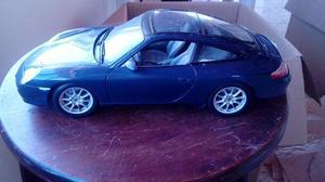 Miniatura Maisto 1:18 – Porsche 911 Targa Azul escuro