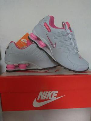Tênis Nike shox feminino. é original. tamanho 36 Novo