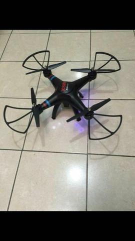 Vendo drone filma e tira foto ao vivo via Wi-Fi via celular