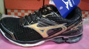 Tênis Mizuno Wave Creation 17