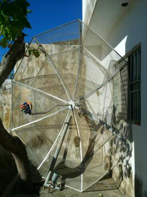 Antena parabólica Santa Rita