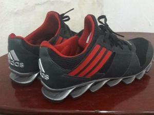 Tênis Adidas Springblade tamanho 38