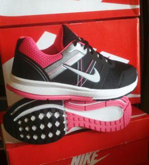 Tênis Nike Frywire Caminhada e Academia