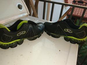 Vendo Tênis E Sapatos Usados