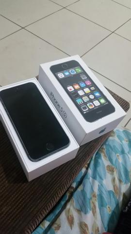 Vendo ou troco Iphone 5s 32gb novo