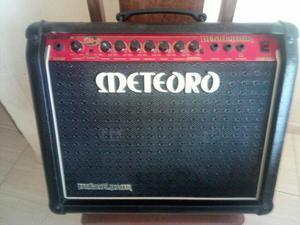 Cubo de Guitarra meteoro Demolidor 50wts, entrego metro