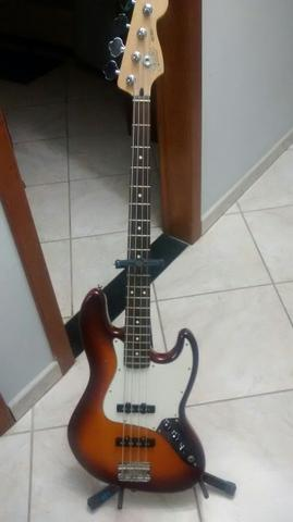 Fender jazz Bass, dividimos no cartão!!!