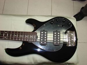 Baixo Music Man Stingray 5 Cordas HH, Novo