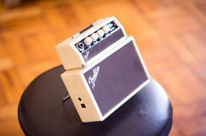 Mini Amplificador Fender Tone Master