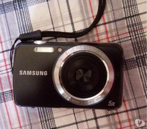 Vendo câmera Samsung por R$