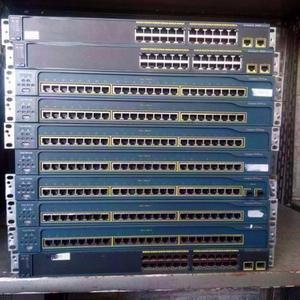 Lote C/10 Switchs Catalyst  Gerenciáveis Usado.Meu