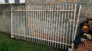 Grade de portão