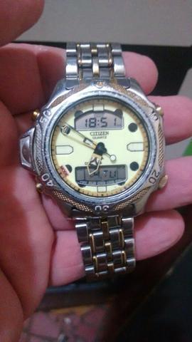 885bea758fb Relógio citizen c500 série ouro