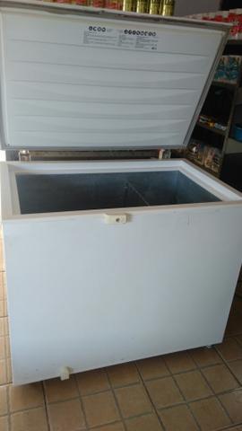 Freezer conservado 305 litros