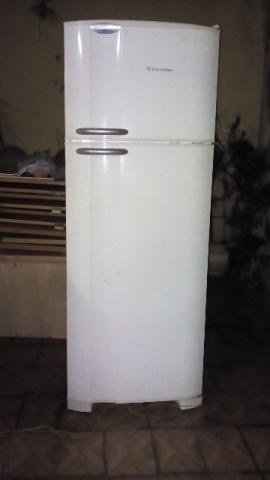 Geladeira Electrolux Air flow dc 47