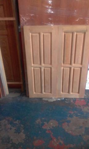 Janela em madeira mista 0,80 x 1m + aduela PROMOÇÃO