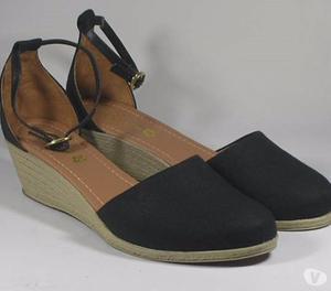 Sapatos Femininos em Geral