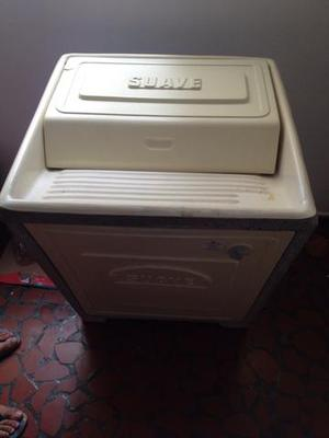 Tanquinho de lavar roupa elétrico de cimento