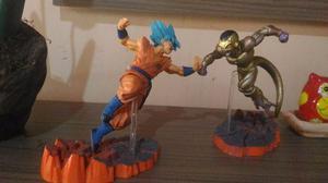 Action Figures - Cavaleiros do Zodiaco e Dragon Ball