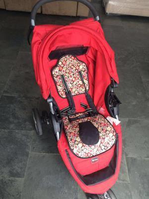 Carrinho + bebê conforto Britax - seminovo