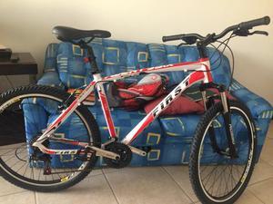 Bicicleta first aro 26