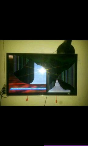 Quero tv com defeito smart e led