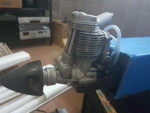 Aeromodelo pastinha motor 4 tempos 70 e outro elét