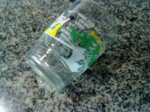 Antigo copo de requeijão da lacto com desenho rumo ao hexa