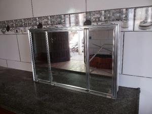 Espelheira medindo 79x51 super luxo em aluminio