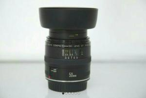 Lente Canon Ef 50mm F/2.5 Compact Macro