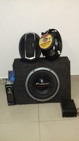 Radio Knup CD Entrada Usb Com Controle remoto + 2 auto