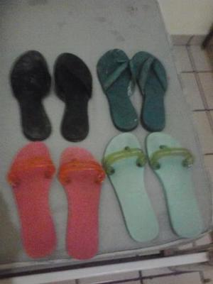 4 pares de chinelos