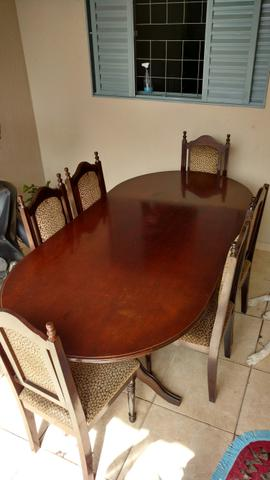 Mesa Madeira Maciça + 6 cadeiras almofadadas