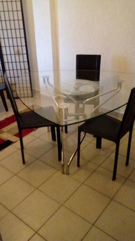 Mesa de jantar tres ou seis lugares