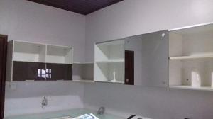 Armário de Parede em MDF com Espelho
