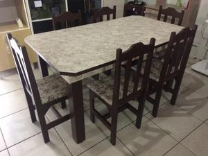 Mesa nova com 6 cadeiras de madeira apenas