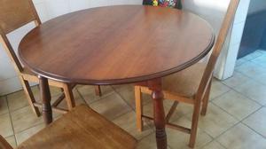 Mesa redonda - Madeira maçica