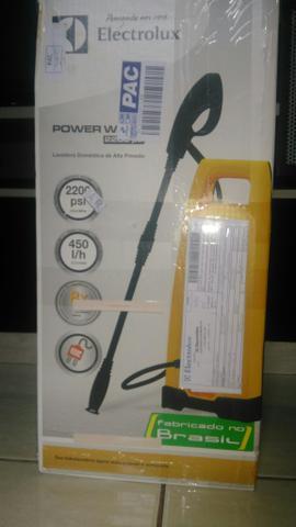Lavadora de alta pressão Electrolux (nova)