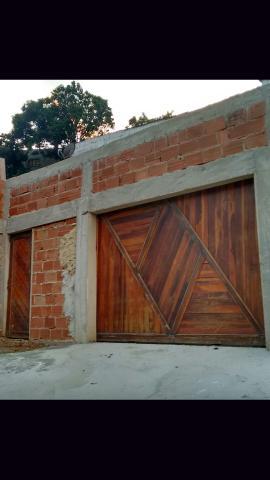 Portão de garagem e social de madeira maciça