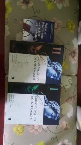 3 livros de enfermagem em perfeito estado, R$