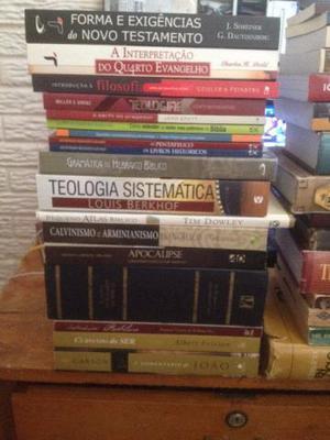 Livros de Teologia semi novos 28 exemplares de varios