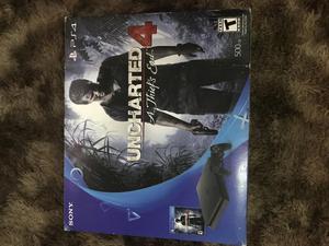PlayStation 4 slim + jogo uncharted 4 Aparelho novo