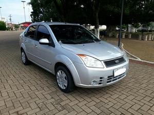 Fiesta  sedan Completo -