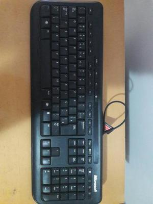 Kit Microsoft Wired 600 Teclado + Mouse