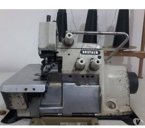 Máquina de costura overlock Brother 3 fios usada